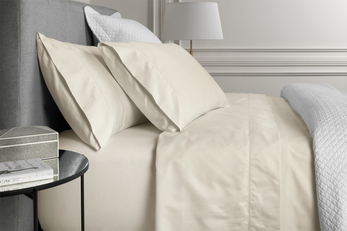 Sheridan 1000tc luxury cotton fitted sheet - chalk / king 38cm
